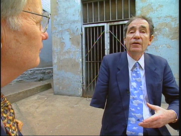 Moyers interviews clandestine bombing victim, Albi Sachs